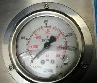 Fuellpanel mit vier Abgaengen zum Anschluß von Fuellschlaeuchen